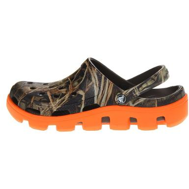 crocs duet sport real tree clog